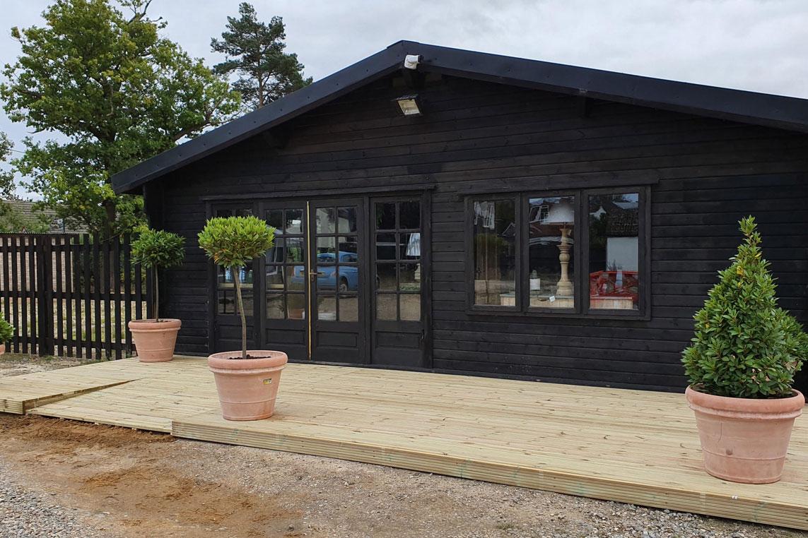Log Cabin's